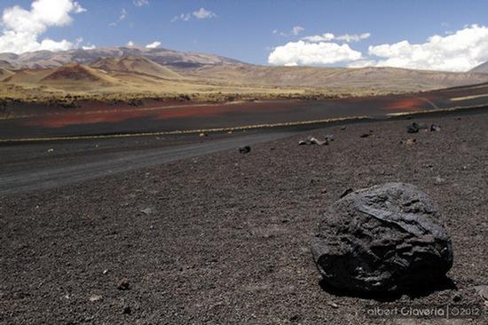 Piroclasto expulsado por alguno de los volcanes