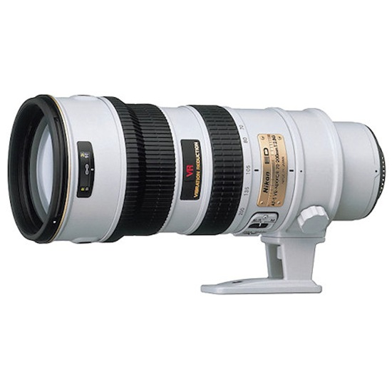 Nikon-AFSVR70200F28-blanco